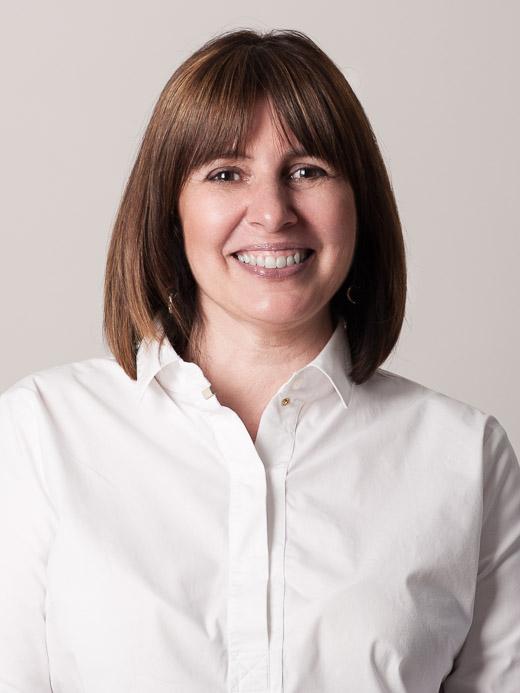 Viviane Roman, comptable et attachée de direction chez Schneider Linster Fiduciaire
